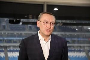 """Он принял участие в совещании, которое провел Дмитрий Азаров и поддержал команду """"Крыльев"""" на встрече с «Енисеем»."""