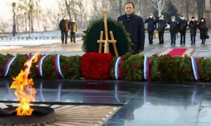 Особые слова благодарности полпред адресовал членам семей Героев, погибших при исполнении долга.