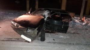 В Кинельском районе молодой водитель врезался в столб