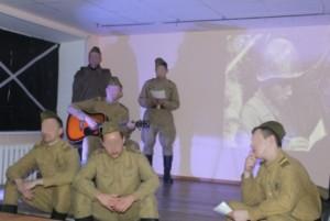 Спектакль подготовили сами осужденные – участники театрального кружка и любителей книги.