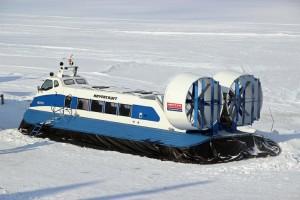 """На линии будут работать 3 судна """"Нептун"""" (вместимостью 21 человек)."""