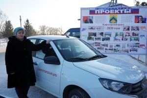 Один из автомобилей сегодня был передан в распоряжение врачебного офиса, который обслуживает два удаленных от Нефтегорска села – Дмитриевка и Верхняя Домашка.
