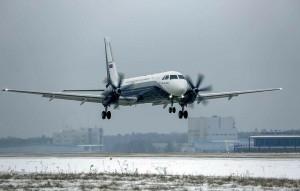 Самолет пилотировал экипаж в составе летчиков-испытателей 1-го класса Николая Куимова и Дмитрия Комарова, а также бортового инженера-испытателя 1-го класса Олега Грязева.