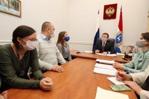 Дмитрий Азаровпровел личную встречу с жителями Тольятти по вопросу предоставления молодым семьям социальных выплат на приобретение жилья.