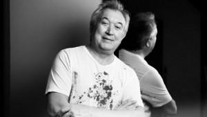 """Топ-стилист и основатель международной школы парикмахерского искусства """"Garus"""" умер16 декабряв возрасте 69 лет."""