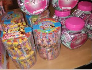Самарские таможенники задержали 1 млн контрафактных кондитерских изделий