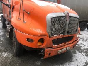 В снегопад в Самарской области водитель врезался в КАМАЗ и погиб