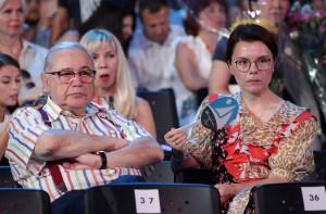 По их словам, именно из-за этого мать девушки отправилась в Москву.