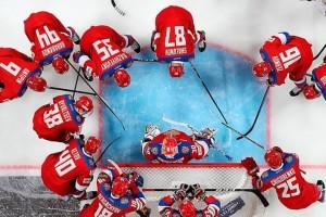 Недавно тренерский штаб юношеской сборной РФ во главе с Ларионовым утвердил команду на чемпионат мира. Речь идет о соревнованиях среди юниоров, которые пройдут в следующем году в канадском Эдмонтоне.