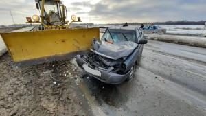 В Самарской области ЛАДА столкнулась с автогрейдером