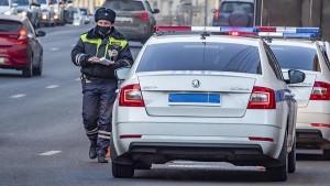 Не менее 5,5 млн постановлений касались нарушения разметки и дорожных знаков.
