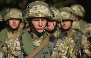 Это обеспечит совместимость с вооруженными силами государств - членов альянса, отметил министр обороны Украины Андрей Таран.