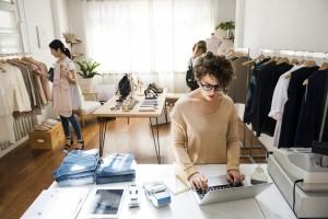 Решение будет актуально для предпринимателей, бизнес которых подразумевает большое количество операций по счёту.