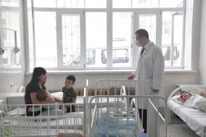 При поддержке губернатора обновление главной детской «инфекционки» продолжится – уже в этом году начнется строительство нового корпуса на 100 мест.