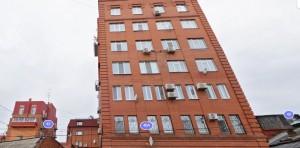 Жильцы дома по адресу ул. Бр.Коростелёвых, 46 А в Самаредесять лет не платили за воду.