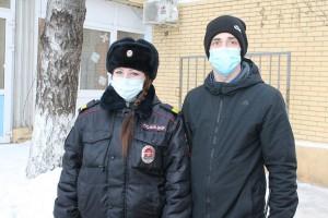 В Самарской области полицейские оказали первую помощь потерявшему сознание пенсионеру