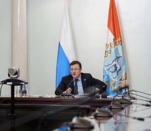 Дмитрий Азароврассказал о решениях, принятых в начале рабочей недели на оперативном совещании и штабе по COVID-19.