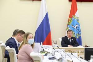 Дмитрий Азаровпровел встречу с пострадавшими гражданами – участниками долевого строительства, права которых были восстановлены в 2020 году.