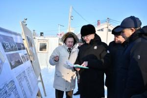 В селе Высокое Дмитрий Азаров проверил ход работ по строительству нового корпуса Высокинского пансионата для инвалидов.