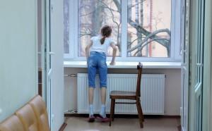 Учащиеся двух школ в подмосковном Красноармейске пожаловались на плохое самочувствие. В общей сложности отравился 91 школьник.