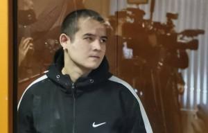Суд также обязал его выплатить семьям погибших и пострадавших в результате стрельбы в войсковой части в Забайкалье компенсацию морального вреда на общую сумму 9,8 млн рублей.
