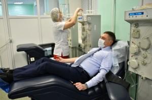 Забор крови производится у людей, уже переболевших COVID-19.