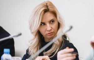Суд постановил взять Ирину Солдатову под стражу.