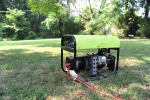 В современном мире востребованы бензогенераторы, оптимально подходящие для эксплуатации в минусовые температуры на стройке или лесоповале.