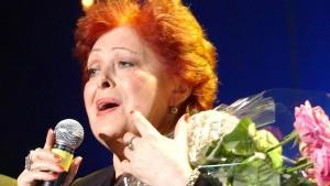 Алла Йошпе родилась в 1937 году в Москве. В 60-70-х годах прошлого века дуэт Аллы Йошпе и Стахана Рахимова был на пике славы.