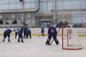 В этом году 266 мальчишек из дворовых хоккейных команд Самары встретились на льду турнира.