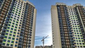 Вопрос продления программы льготной ипотеки под 6,5% в настоящее время активно обсуждается.