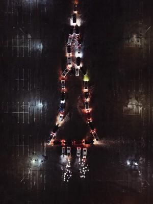 В Самаре выстроили фигуру ракеты из автомобилей на парковке ТК Амбар»