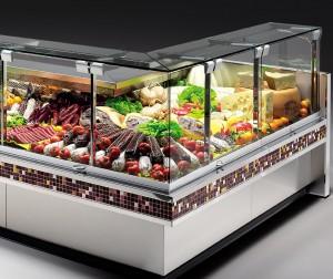 В современных магазинах успешно используют различные холодильные витрины. Подобное оборудование есть и в отделах супермаркетов, гипермаркетов, и в небольших ларьках, а также на рынках и в ресторанах, в столовых.