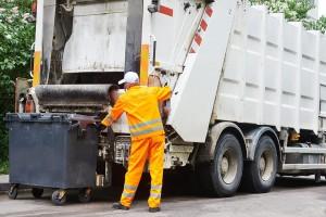 Для ликвидации отходов разного происхождения, востребована услуга вывоза мусора. /Проблема бытовых отходов становится перед многими.