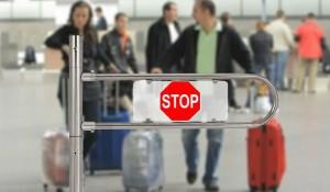 Если вам нужно проверить есть ли у вас запрет на выезд границу, то вам нужно будет отправить запрос на это. Для этого придется вам указать свои данные, в форме.