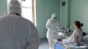 На территории СОКБ имени Середавина в Самаре возводят модульное здание нового госпиталя для пациентов с коронавирусом.