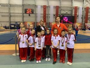 В соревнованиях принимали участие около 400 спортсменов.