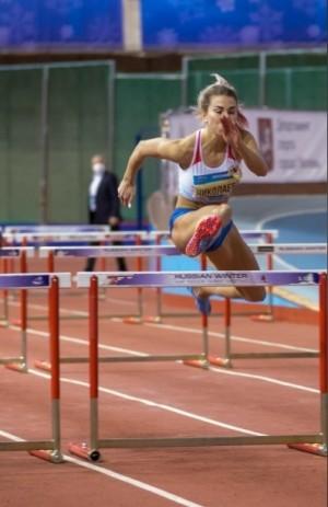 В беге на 5000 метров, который проходил в статусе всероссийских соревнований, всю тройку заняли представительницы Самарской области.
