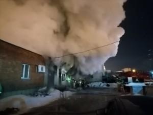 В Тольятти сгорел цех по производству мебели
