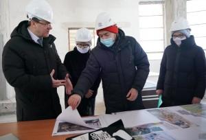 Губернатор и гендиректор Третьяковки обсудили ход строительства филиала в Самаре.