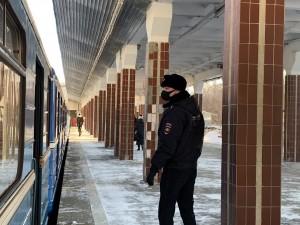 Почти 11 тыс. человек без маски не пустили в самарское метро