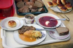 Городская администрация разработала дополнительные меры контроля за организацией питания в образовательных учреждениях Тольятти.