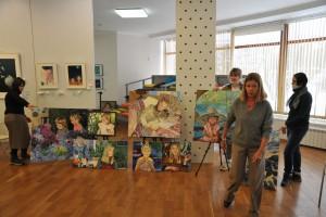 В Самаре открывается художественная выставка «Цветы не заговаривают первыми»