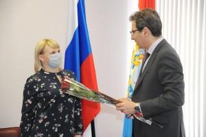 В числе награждённых — врачи, принимавшие участие в лечении пациентов, получивших серьезные травмы в аварии на трассе Сызрань-Ульяновск.