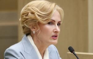 Вице-спикер Госдумы подчеркнула, что принимаемых Роскомнадзором мер в этой связи недостаточно.