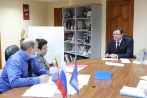 Дмитрий Азаров провел приём граждан в Тольятти: По каждому вопросу найдем решение