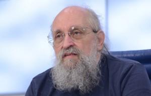 """Как сообщил источник в """"Справедливой России"""", публицист будет баллотироваться по партийному списку партии."""