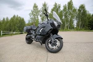 Специальные версии мотоциклов тяжелого класса отлично подходят для выполнения задач подразделений МВД и МЧС.