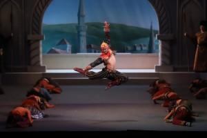 Самарский балет Бахчисарайский фонтан показали на сцене Большого театра