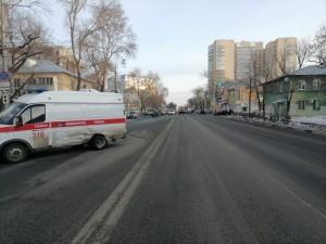 Скорая помощь в Самаре ехала на красный свет и попала в ДТП